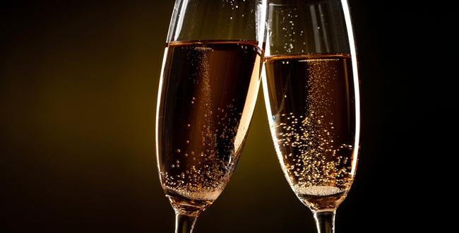 18736-650x330-bulles-de-champagne-fotolia-sergey